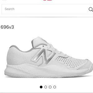Never used women New Balance 696v3 size 9